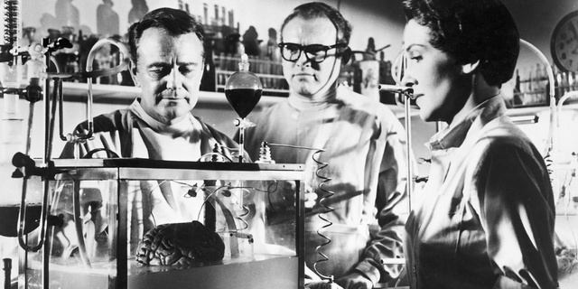 1953-donovans-brain-004-lew-ayres-gene-evans-nancy-reagan.jpg