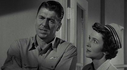 Ronald Reagan og Nancy Davis Reagan í Hellcats of the Navy