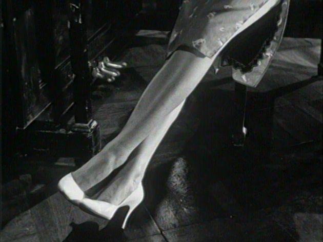 sister long legs 1.jpg